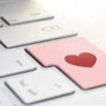 Was soll man sagen, wenn man sich mit dem Online-Dating in Verbindung setzt?