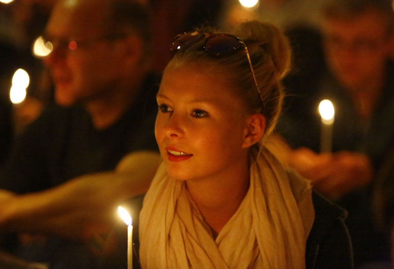 Jugendliche in Taizé (c) picturealliance_pacific-press-agency_Michael-Debets