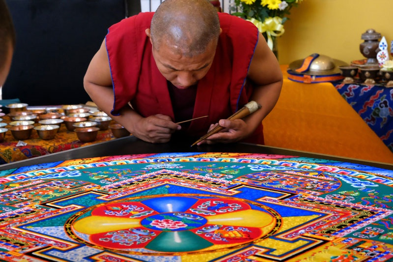 Sandmandala (c) picturealliance_AP_Images